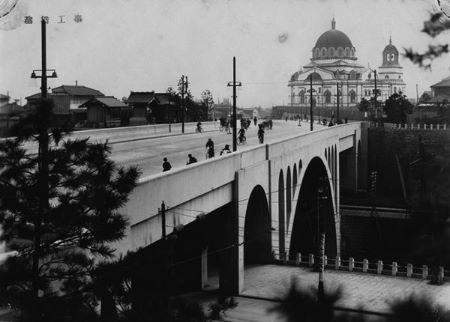 聖橋とニコライ堂 1)